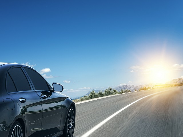 Transfers with sightseeing en route