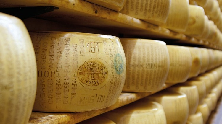 Parmesan cheese and Parma ham Day Trips | Private full day tour of Parma | Genoa Private Driver